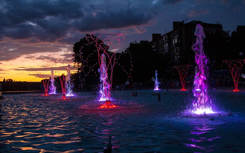 sofievskij-park-shou-fontanov