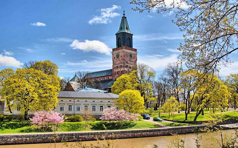 baltijskij-kruiz-tallin-helsinki-stokgolm-riga
